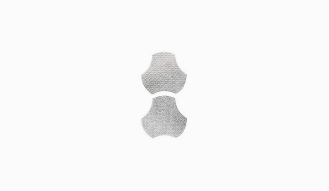 کاشی و سرامیک بوم سرامیک ، دکوراتیو سالسا موزاییکی طوسی روشن سایز 15 * 15 لعاب پانچ براق پخت سوم با زمینه فلزی